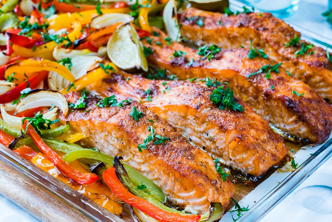CleanFoodCrush Sheet Pan Salmon Fajitas Recipe
