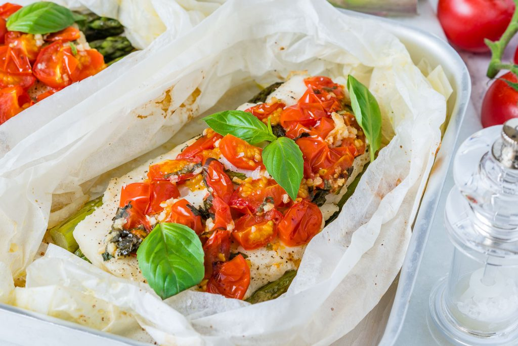 Healthy Tomato Basil Oven Roasted Halibut Packets