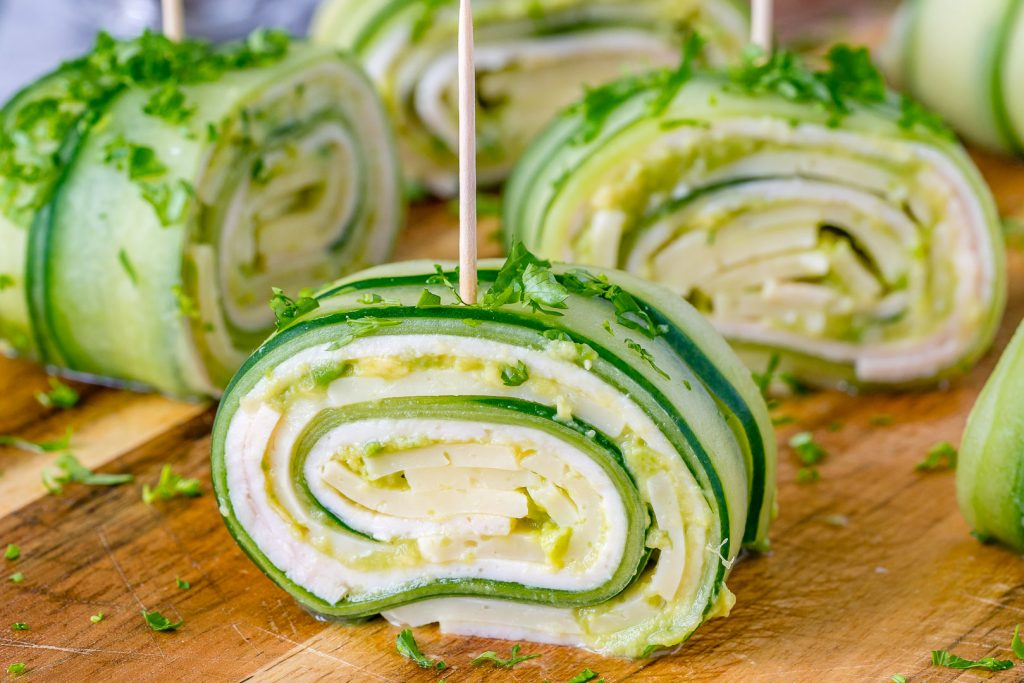 CleanFoodCrush Turkey + Cheese Cucumber Rolls