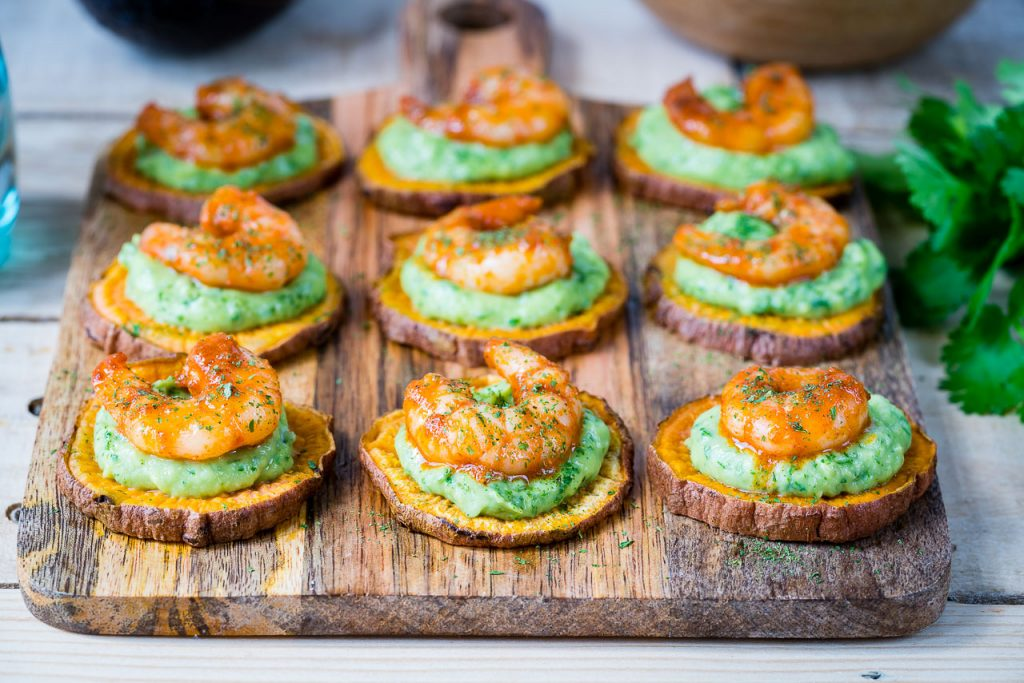 Spicy Shrimp Guacamole Crisps