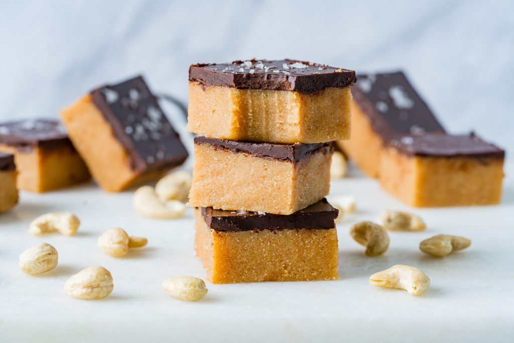 Clean Eating Chocolate Cashew Butter Bars