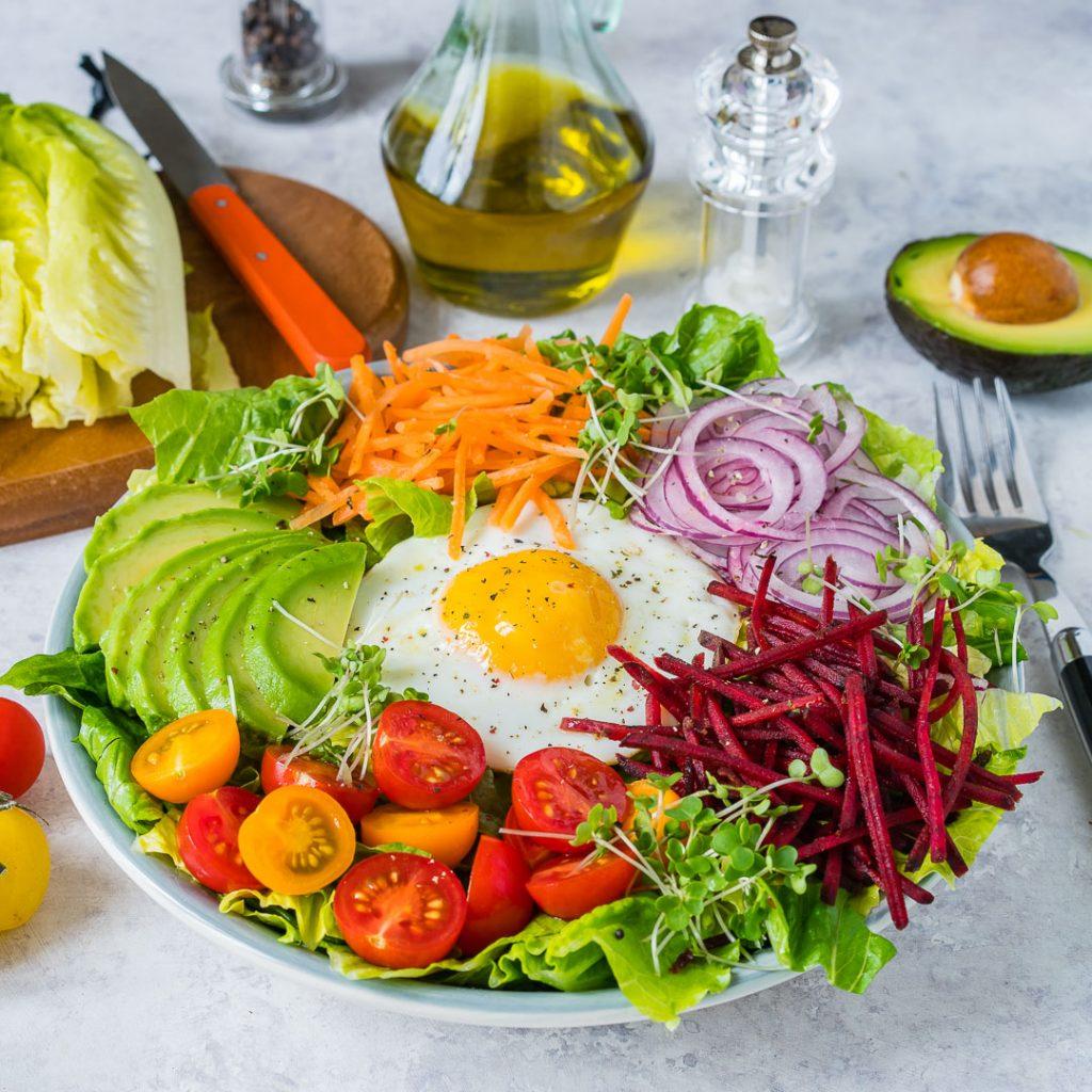 Fresh Summer Eat-The-Rainbow Bowls Preparation