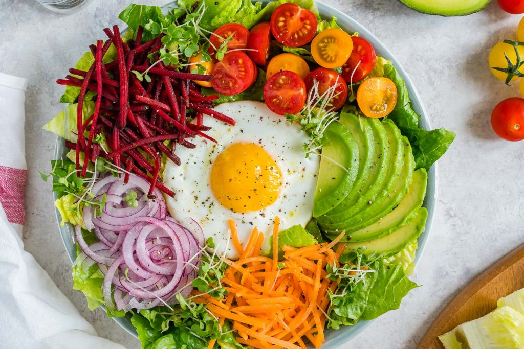 Creative and fresh Summer Eat-The-Rainbow Bowls