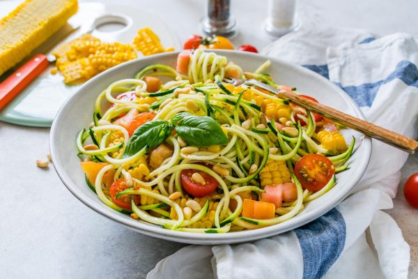 clean eating style zucchini pasta primavera clean food crush. Black Bedroom Furniture Sets. Home Design Ideas