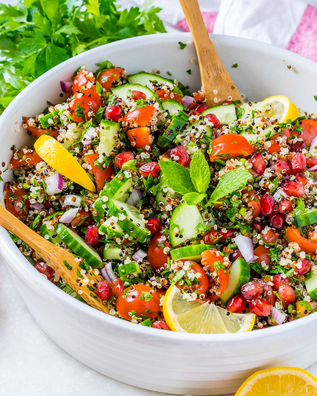 Loaded lemony quinoa tabbouleh for clean eating food prep for Cuisine quinoa