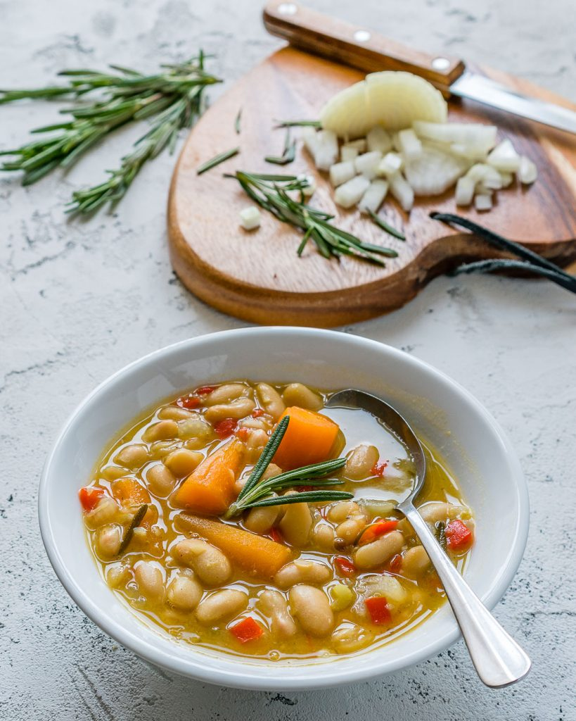 Homemade Crockpot Rosemary Garlic White Bean Winter Soup