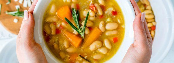Healthy Crockpot Rosemary Garlic White Bean Soup