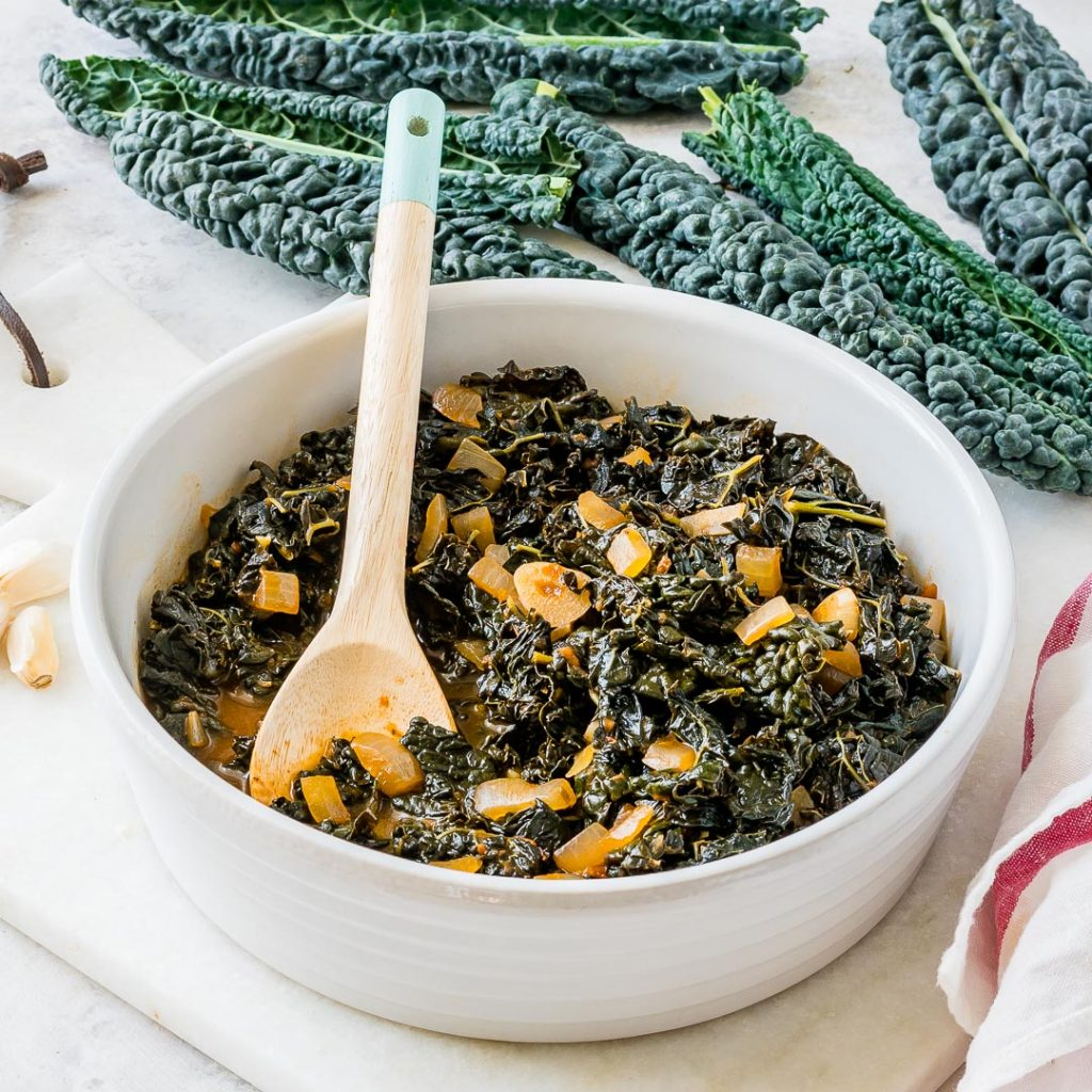 Healthy Lacinato Kale in Smoky Garlic Sauce