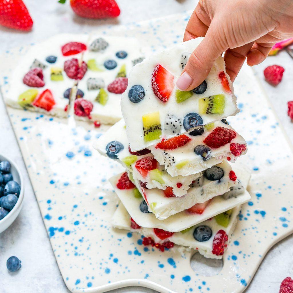 Clean Eating Fro-Yo-Fruit Bark