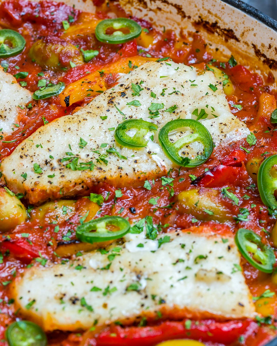Eat Clean Baked Cod in Tomatoes Olives
