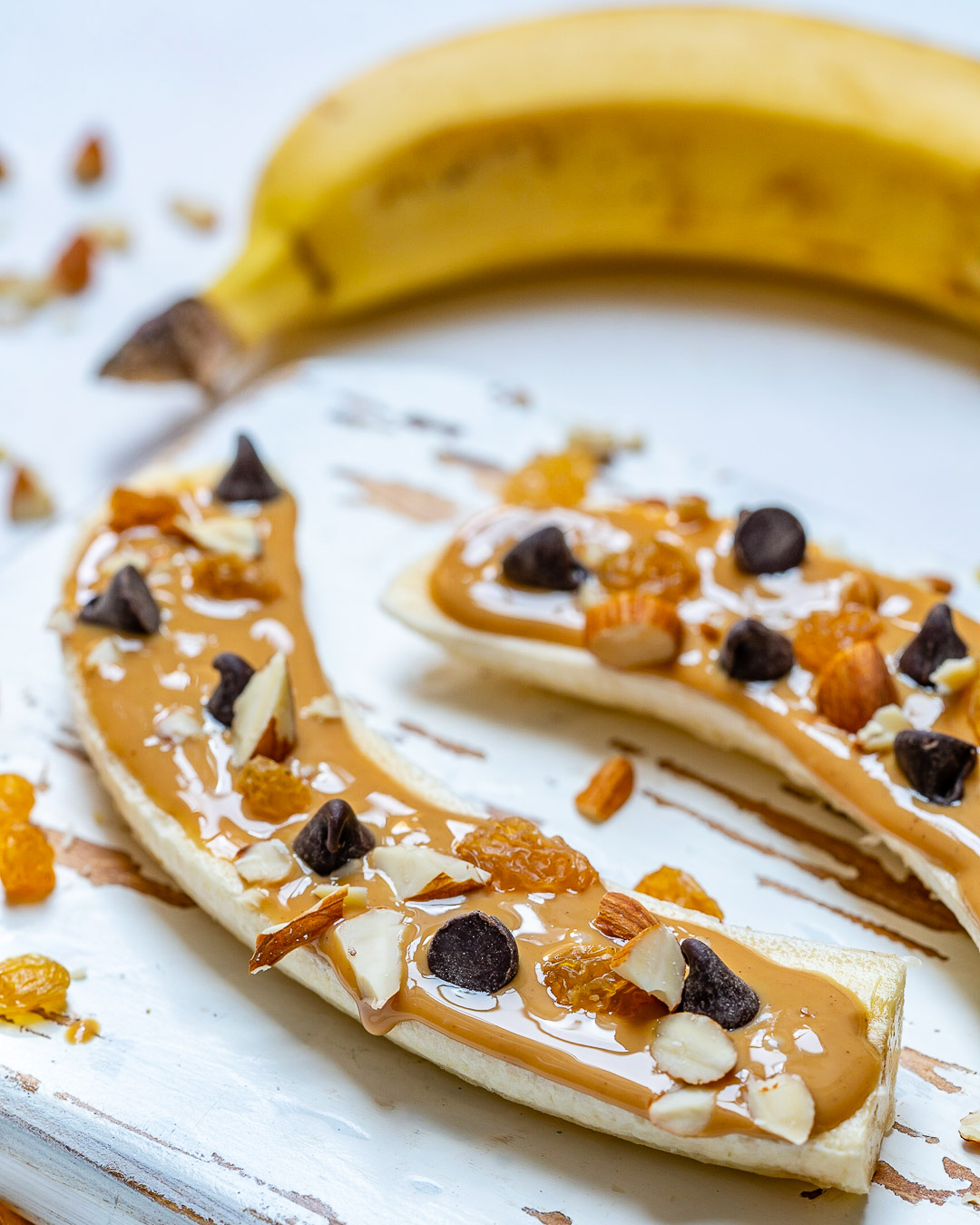 Almond Butter Chocolate Chip Bananas