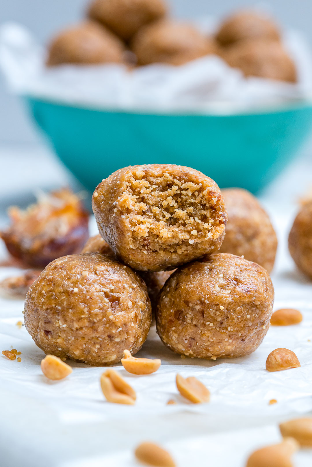 Power Snack Peanut Butter Protein Balls