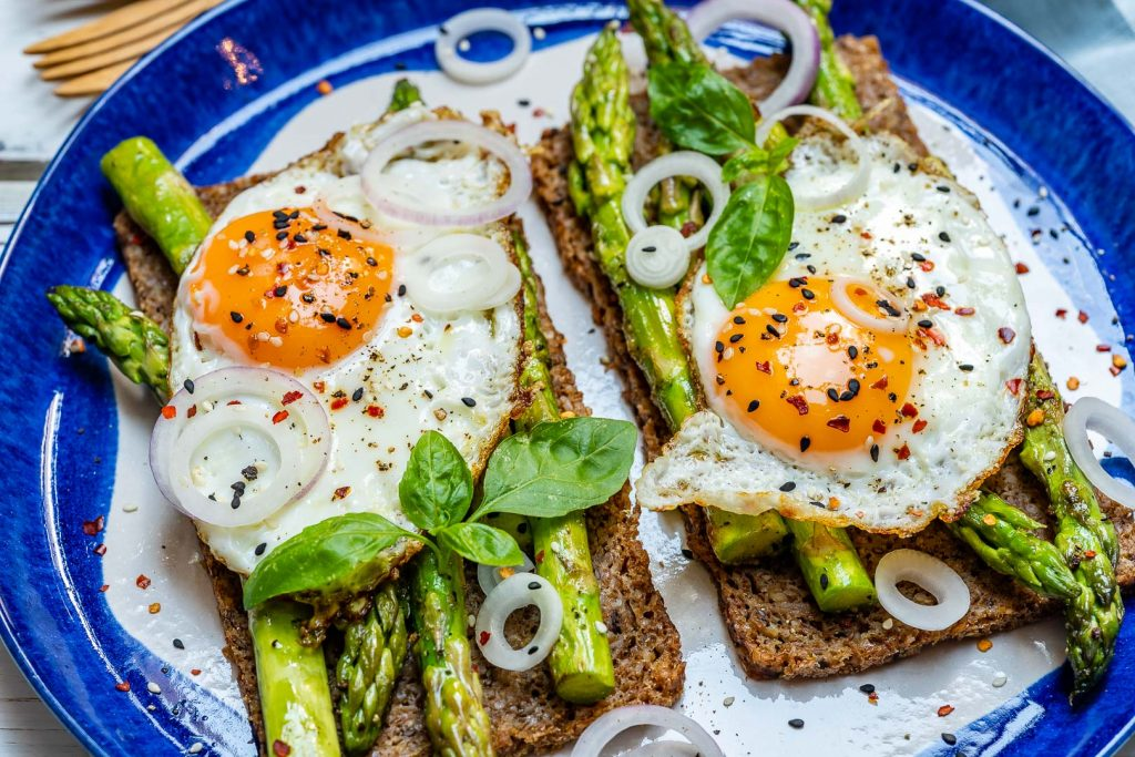 Eat Clean Asparagus Egg Toast Recipe