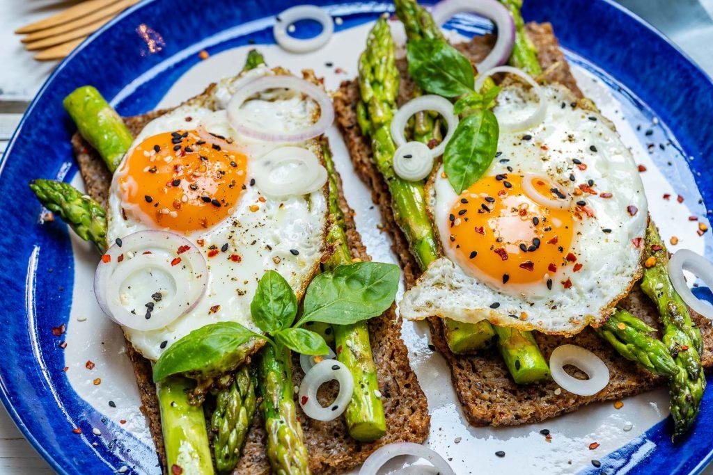Eat Clean Asparagus Egg Toast Recipe