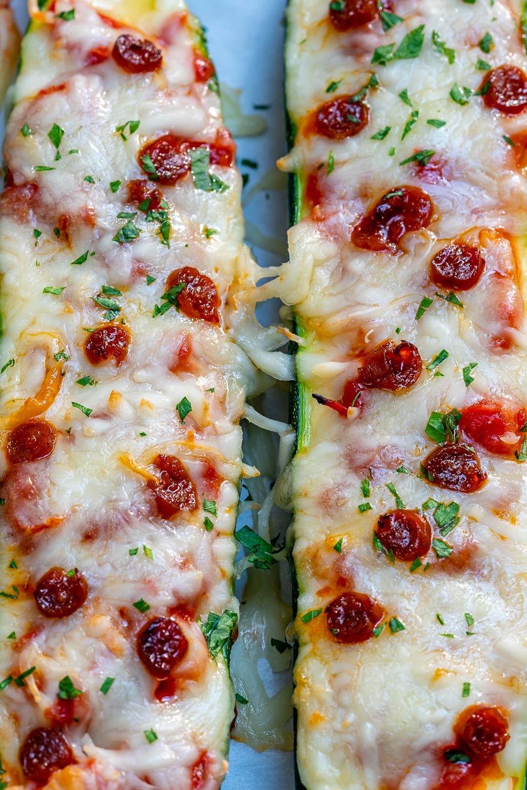 Clean Eating Pizza Zucchini Boats