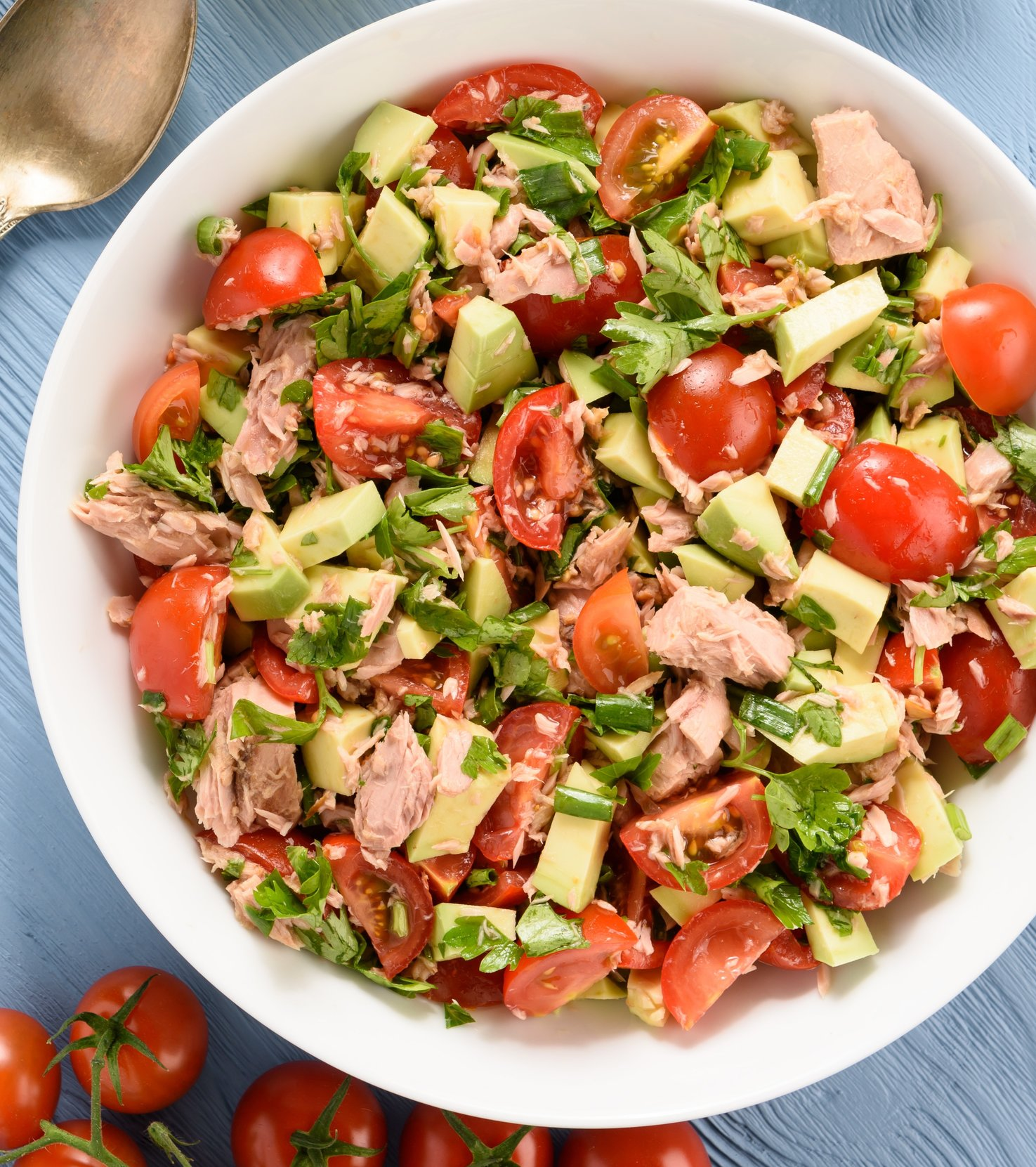 Healthy Lunch Lemony Avocado Tomato Tuna Salad
