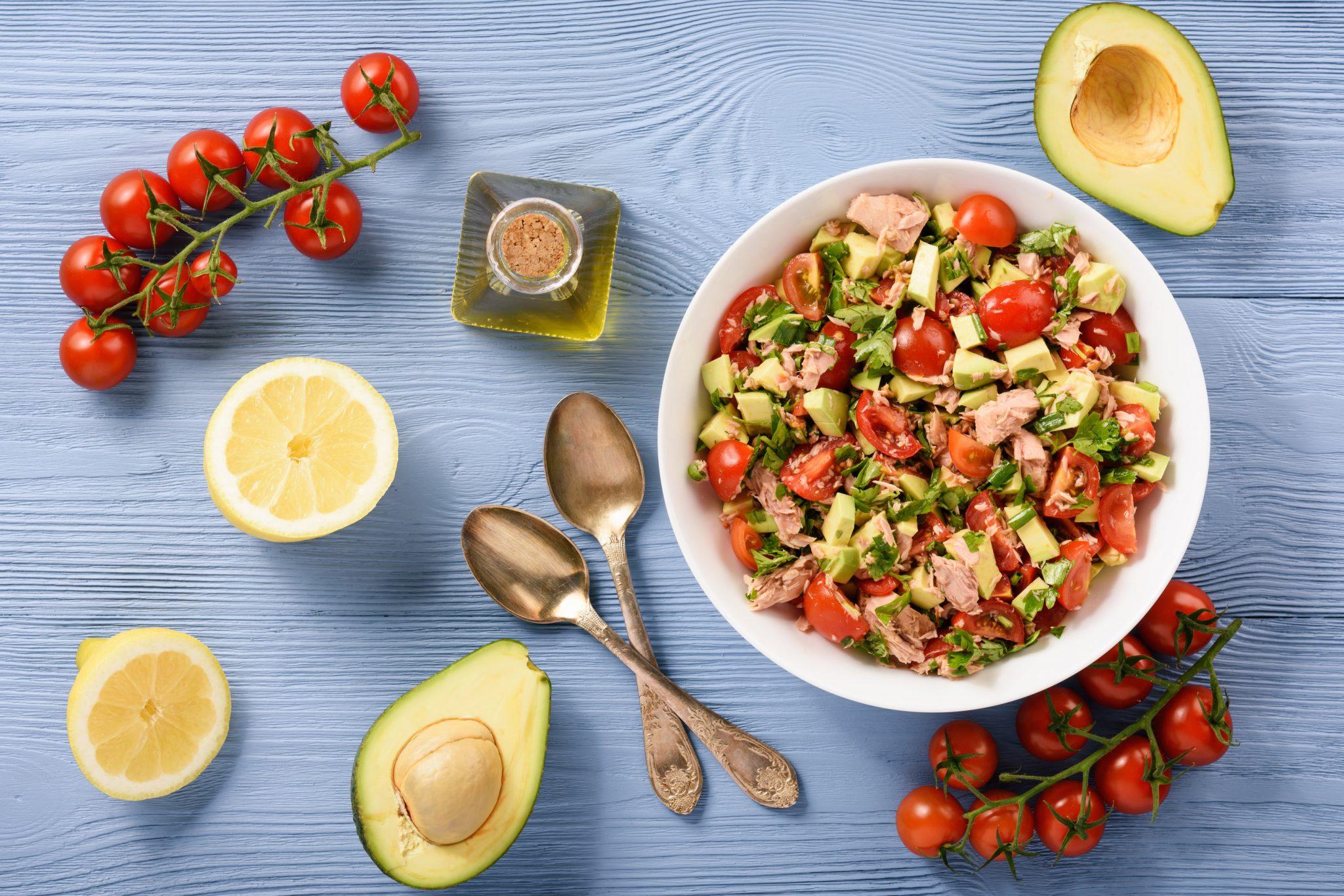 Lemony Avocado Tomato Tuna Salad Recipe