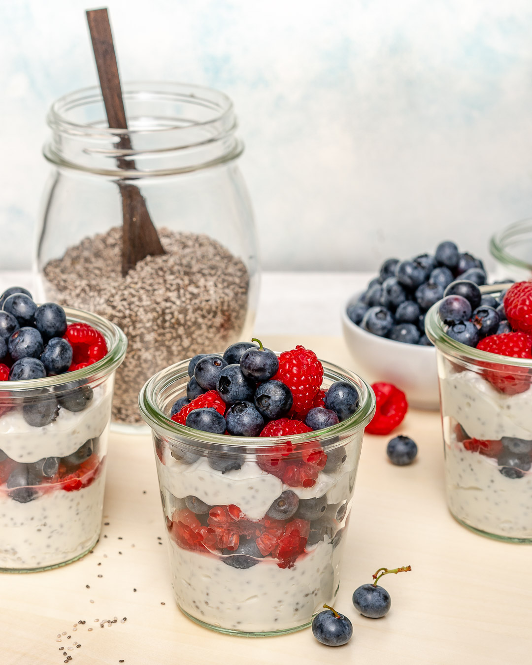 Perfect Healthy Breakfast Yogurt Berries