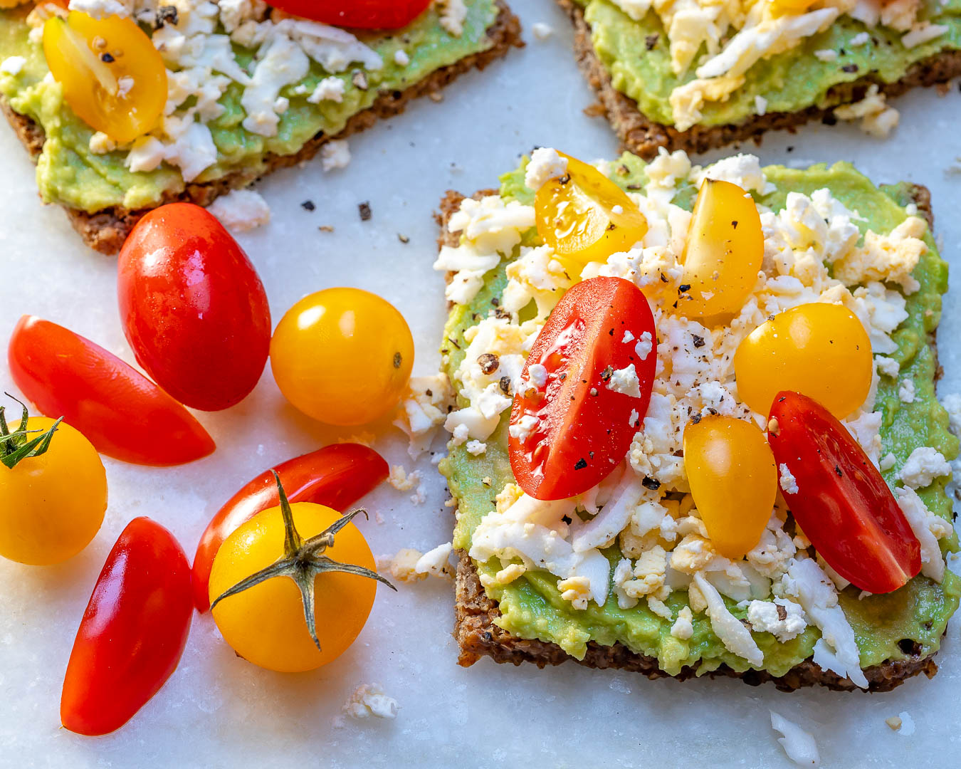 Healthy Grated Egg Avocado Breakfast Toast