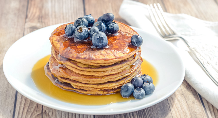 Healthy Pumpkin Pancake Breakfast