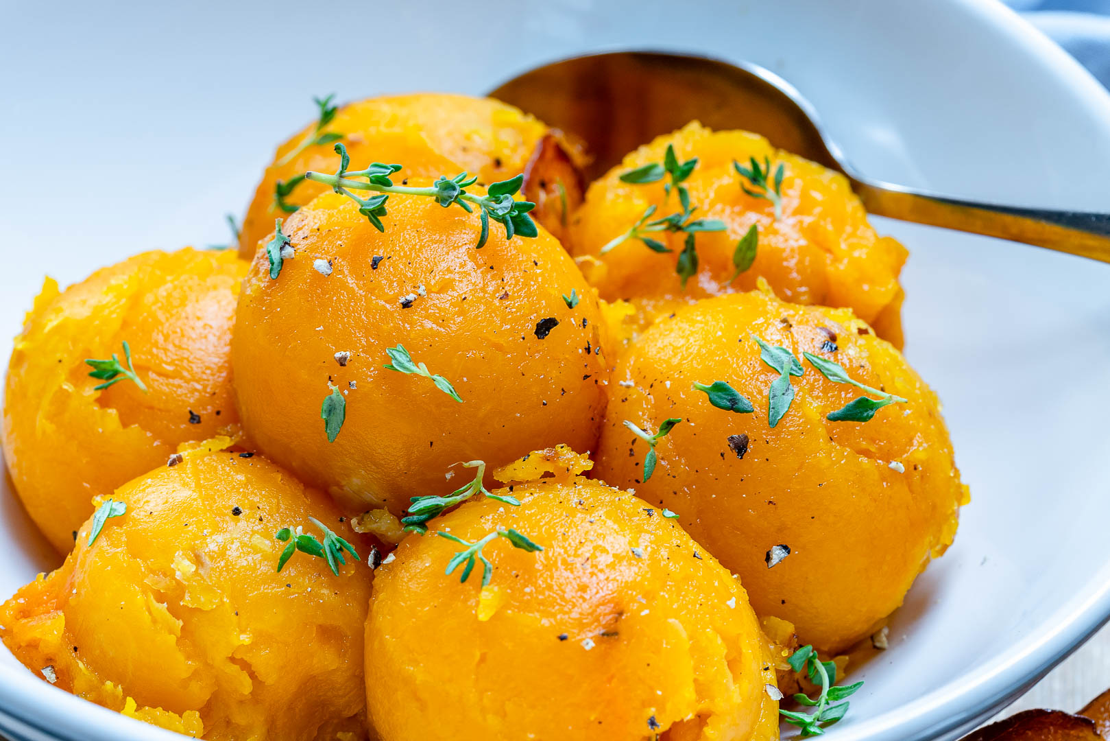 Clean Eating Roasted Butternut Squash Scoops
