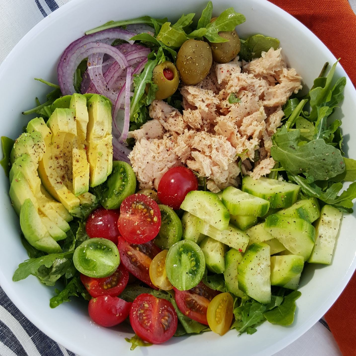 Clean Arugula Tuna Avocado Recipe