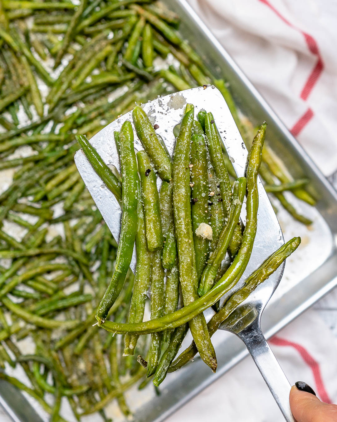 Clean Eating Parmesan Roasted Green Beans