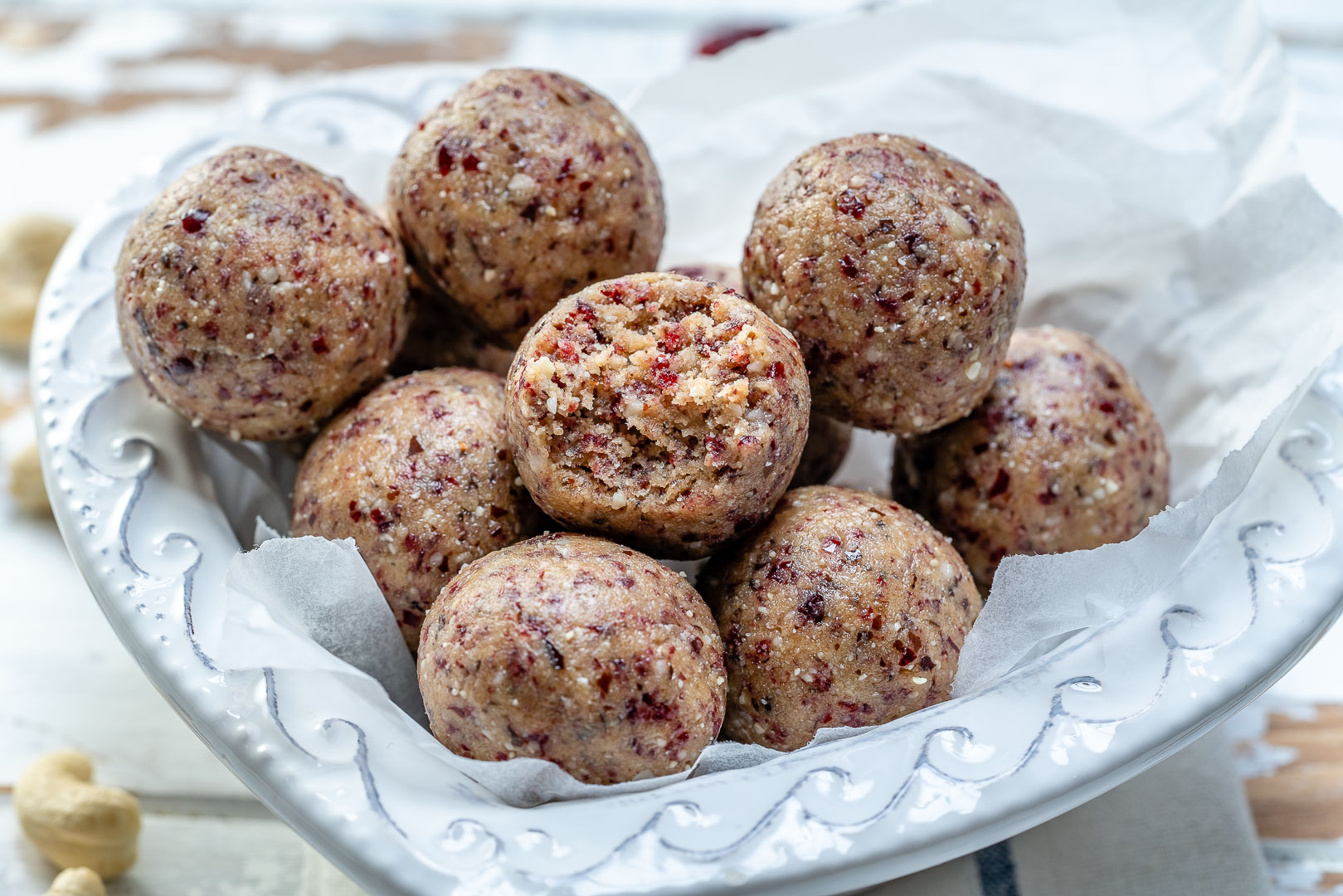 Cranberry Protein Balls by CleanFoodCrush