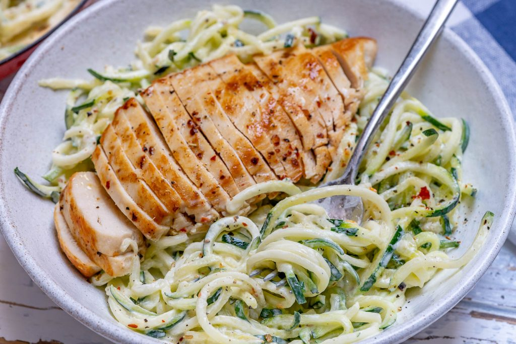 Easy Chicken Alfredo with Zoodles by CleanFoodcrush