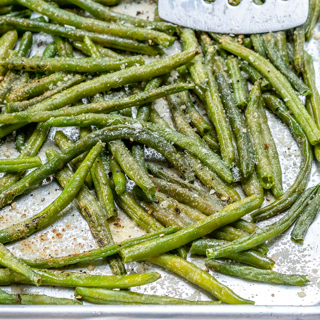 Eat Clean Parmesan Roasted Green Beans