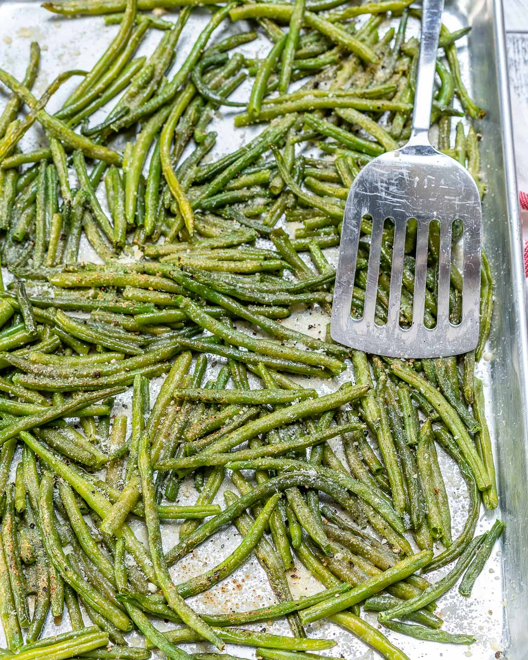 Healthy Parmesan Roasted Green Bean Sides