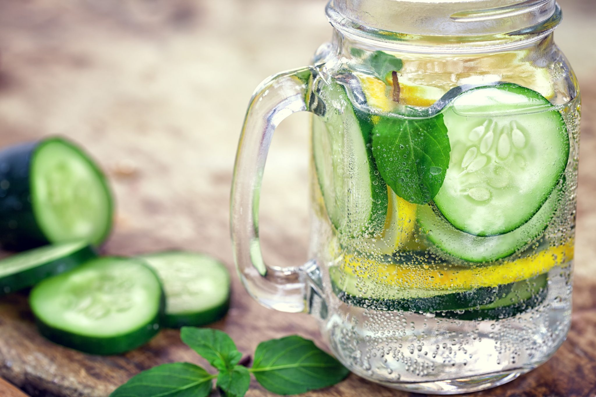 Lemon Cucumber Water to Reduce Inflammation