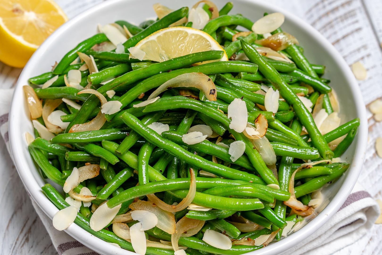 Lemony Sautéed Green Beans Side Dish