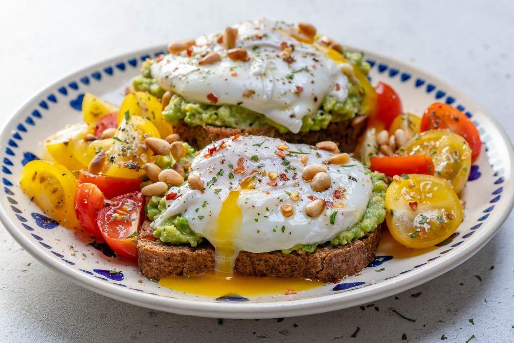 Easy Poached Egg Avocado Toast