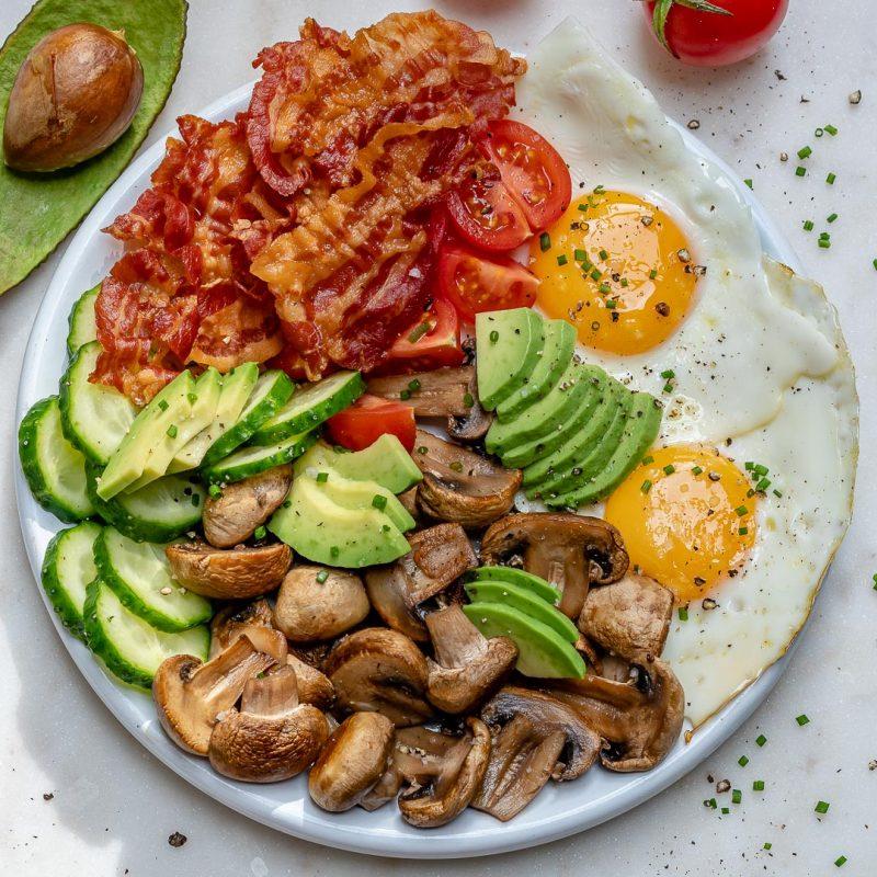 10 Minute Bacon + Eggs Breakfast for Clean Eating Mornings!   Clean Food  Crush