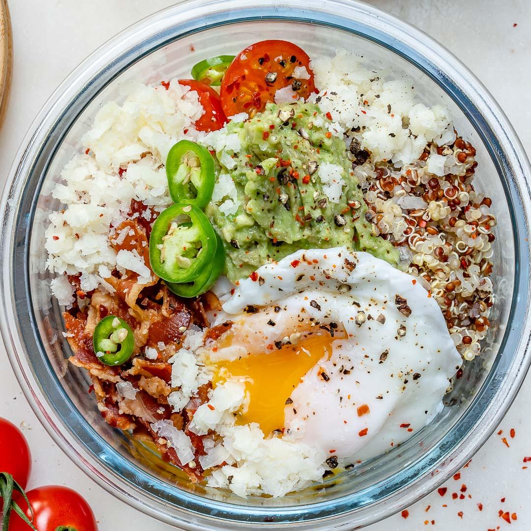 Loaded Quinoa Poached Egg Breakfast Bowls!