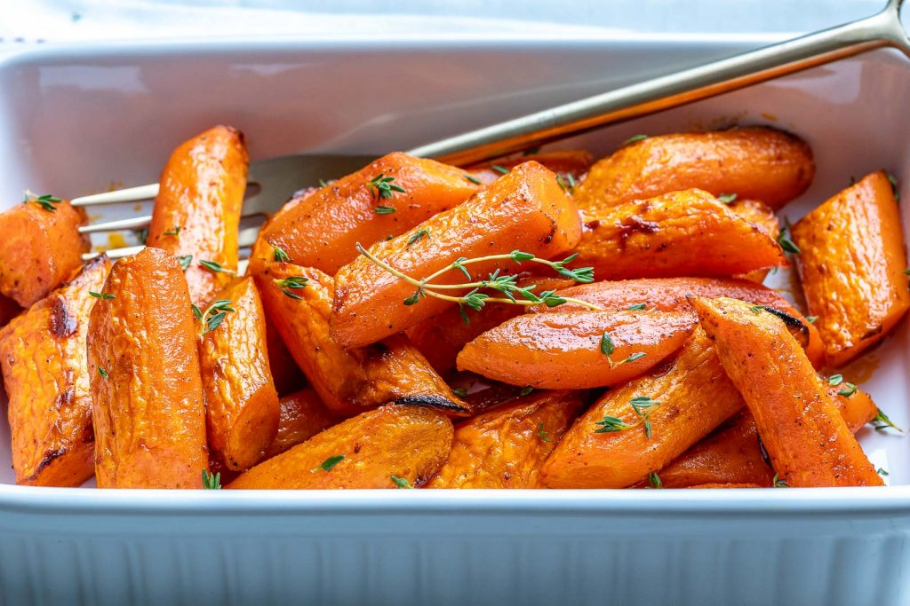 Easy Roasted Carrots for Clean Eating Side Dish Ideas!